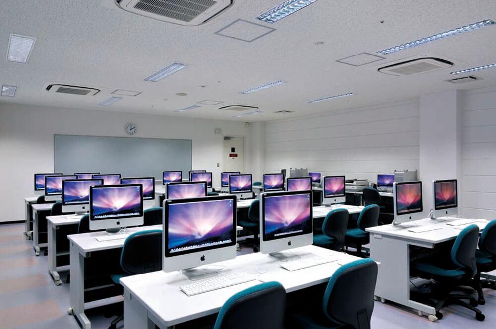 マルチメディア学習室