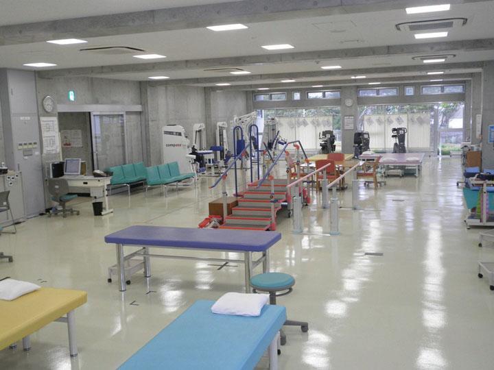 名護市スポーツ リハビリテーションセンター