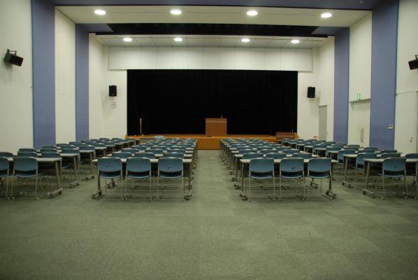浦添市産業振興センター・結の街