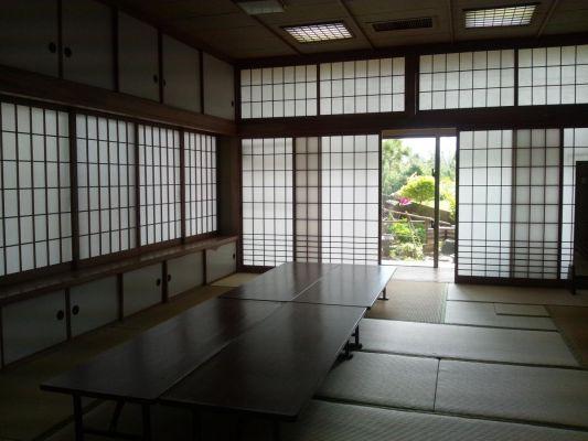 久米島町具志川農村環境改善センター