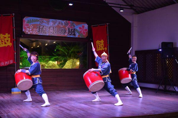 琉球の風ライブステージ一例