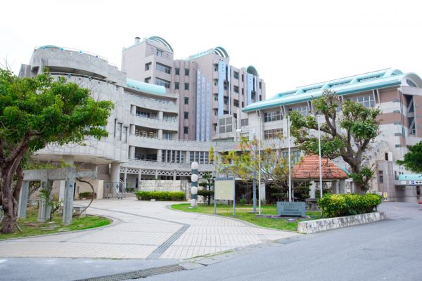 "Okinawa Gender Equality Center ""Tiruru"""