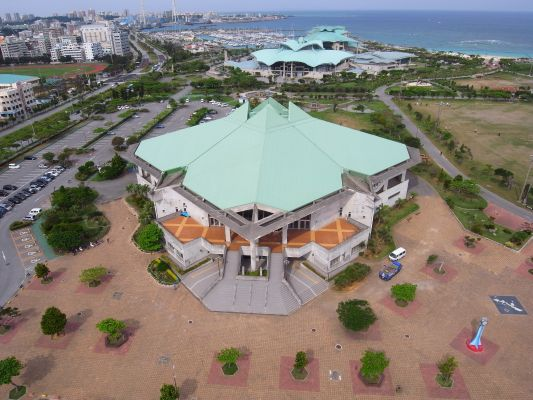 宜野湾市立体育館
