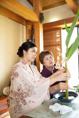 Sasagirian Flower arrangement